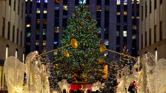 The Story Behind The Rockefeller Center Christmas Tree